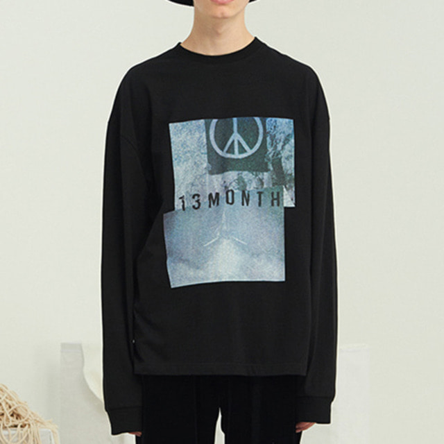 [13MONTH] PEACE LONG SLEEVE T-SHIRT BLACK